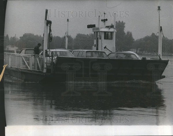 Press Photo Harsens Island - Historic Images