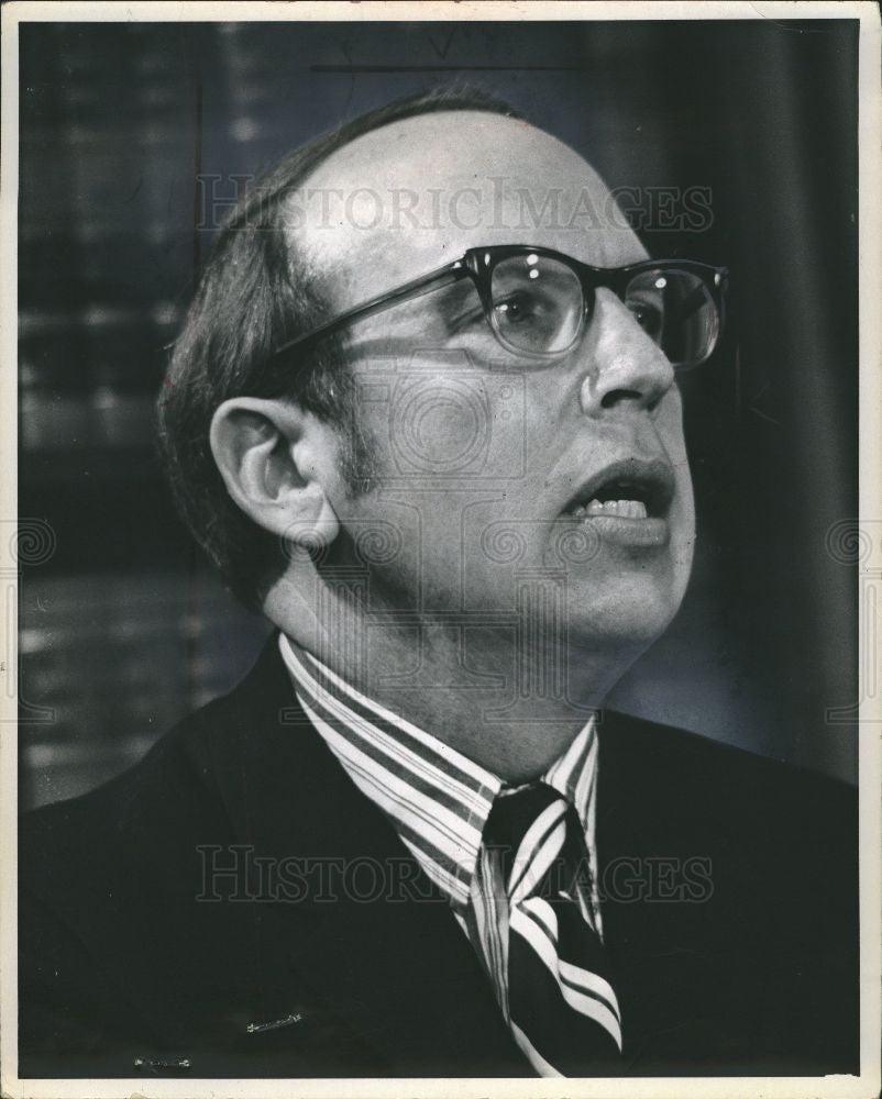 1972 Press Photo William Cahalan Chief Psychiatrist - Historic Images