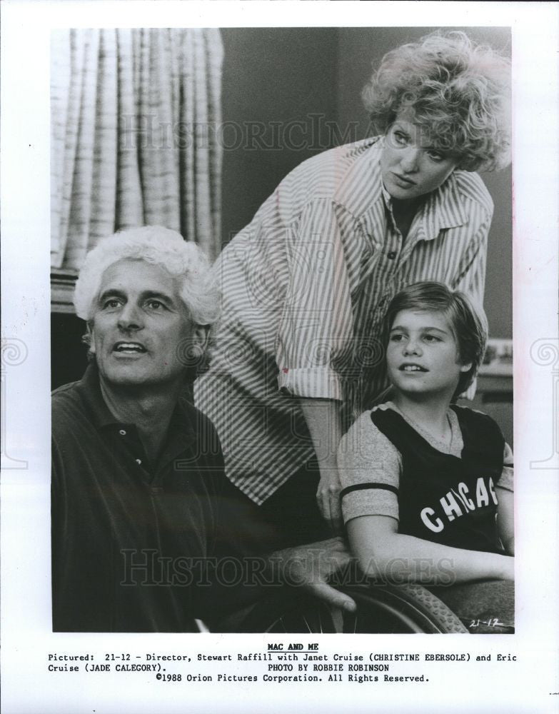 1988 Press Photo Mac and Me Stewart Raffill Janet Cruis - Historic Images
