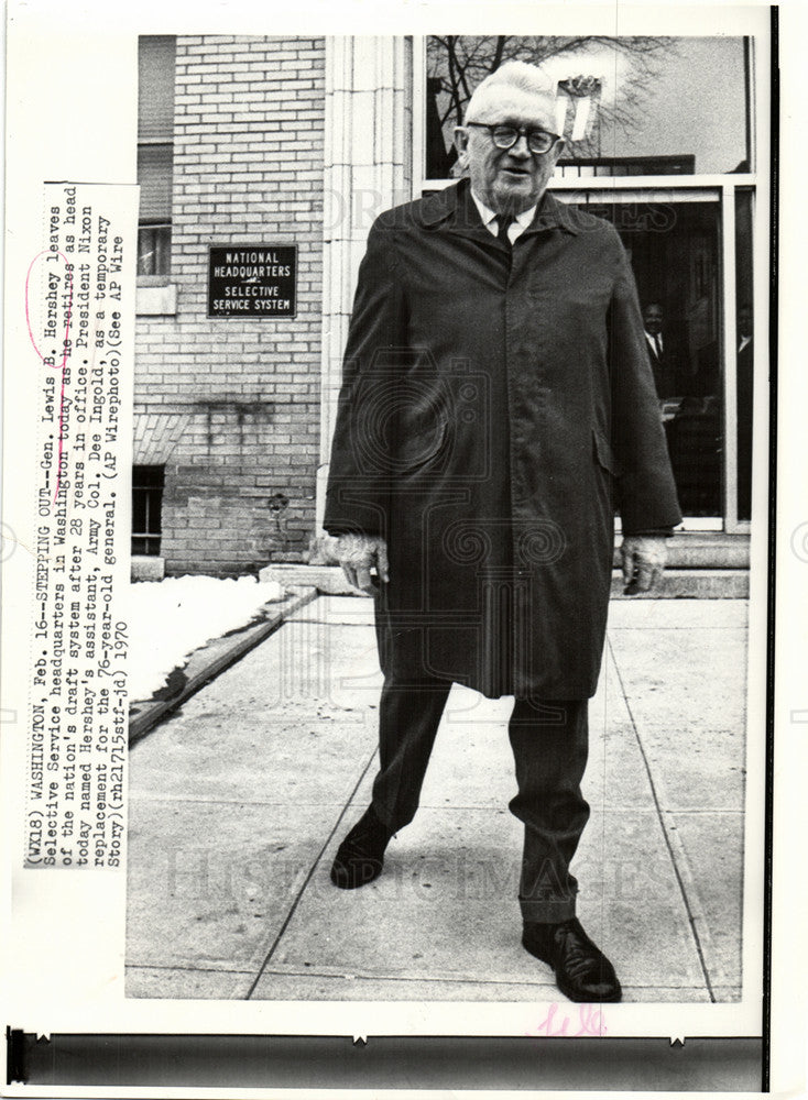 1970 Press Photo Hershey Selective Service Director - Historic Images