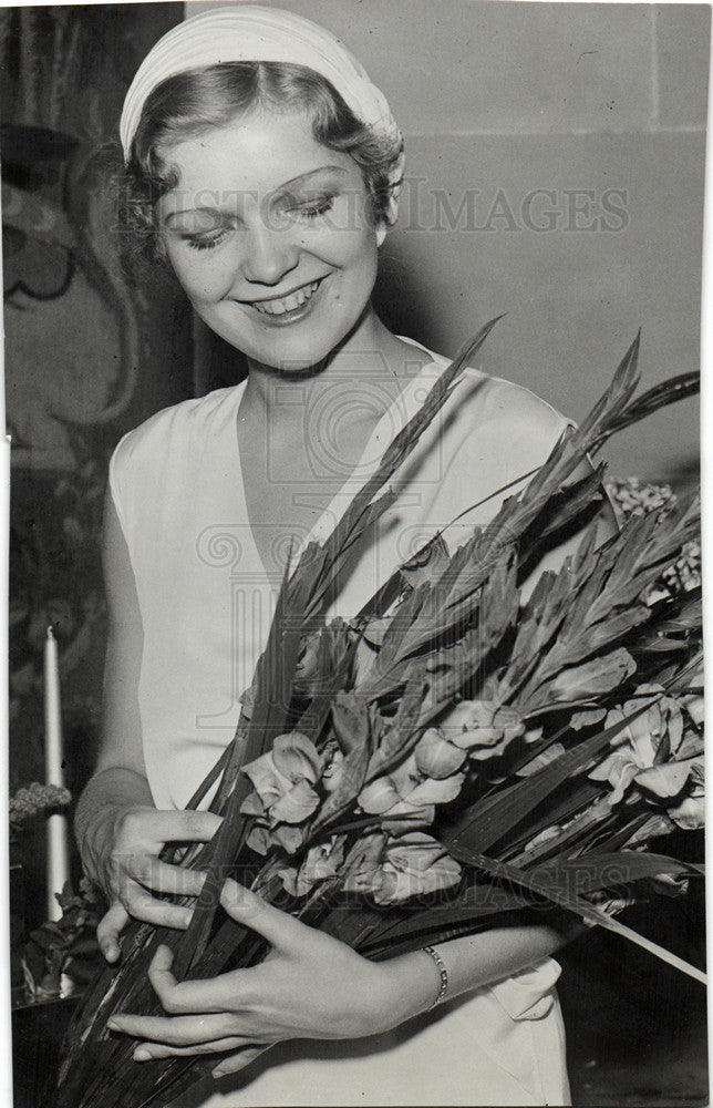 1932 Press Photo Verna Hillie Actress - Historic Images