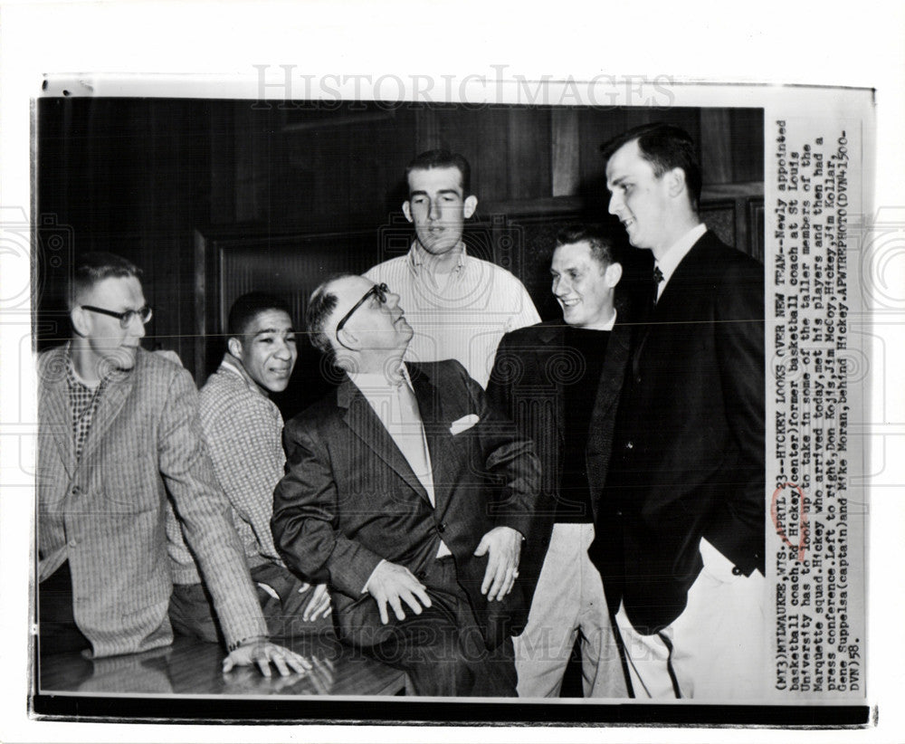1958 Press Photo basketball coach - Historic Images