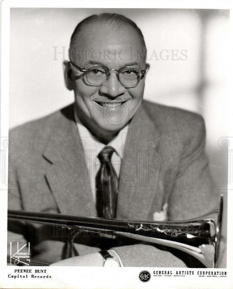 1959 Press Photo PeeWee Hunt, jazz trombonist, vocalis - Historic Images