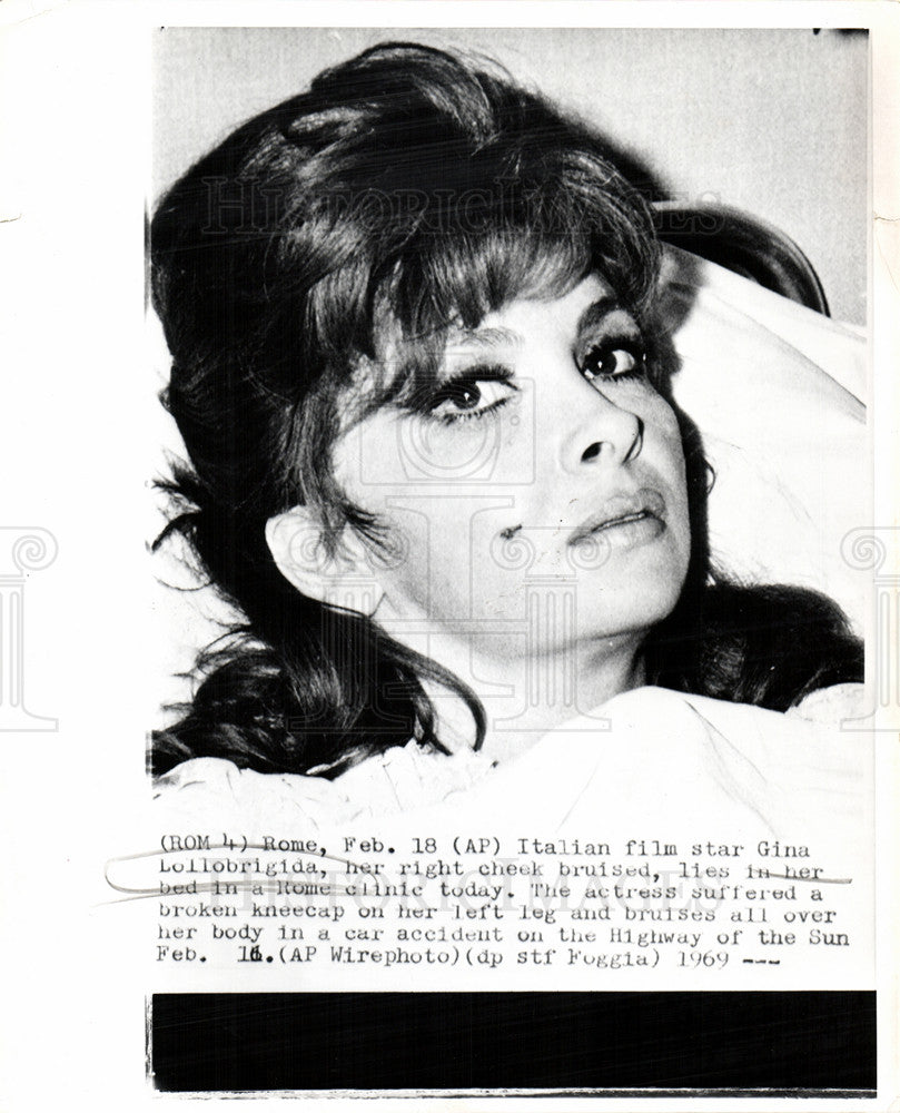 Gina Lollobrigida Nude Photos 67