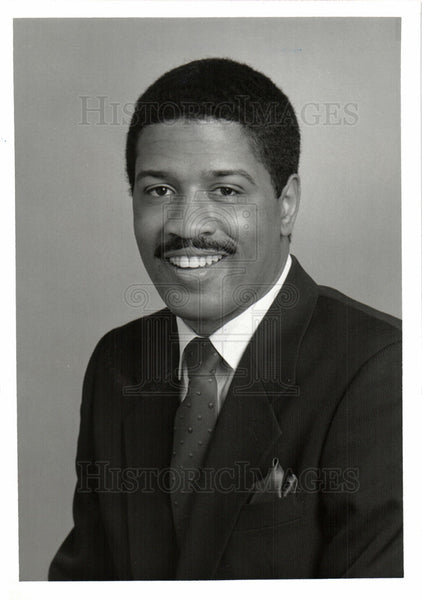 1989 Press Photo Virg Jacques TV Television Reporter - Historic Images