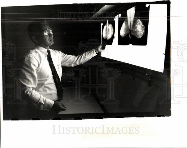 1992 Press Photo Kyoungsoo mammogram breast x-rays - Historic Images