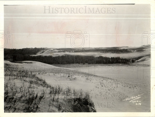1981 Press Photo sand dunes Michigan mining management - Historic Images