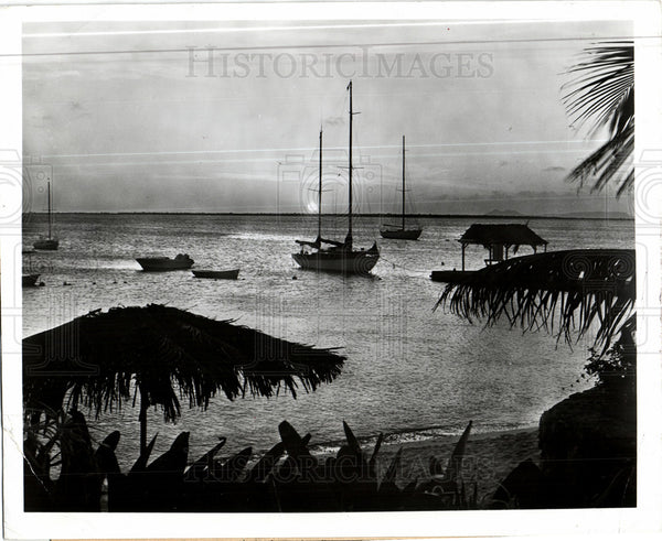 1919 Press Photo Bonaire coastal view vacation - Historic Images