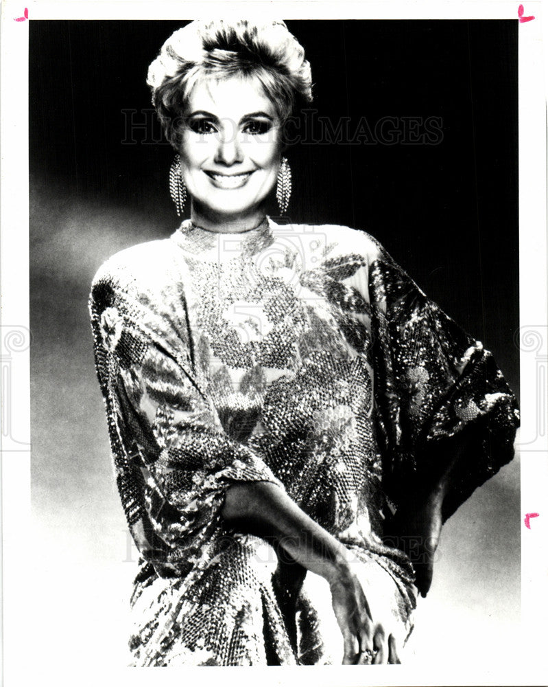 1994 Press Photo Shirley Jones actress singer stage - Historic Images