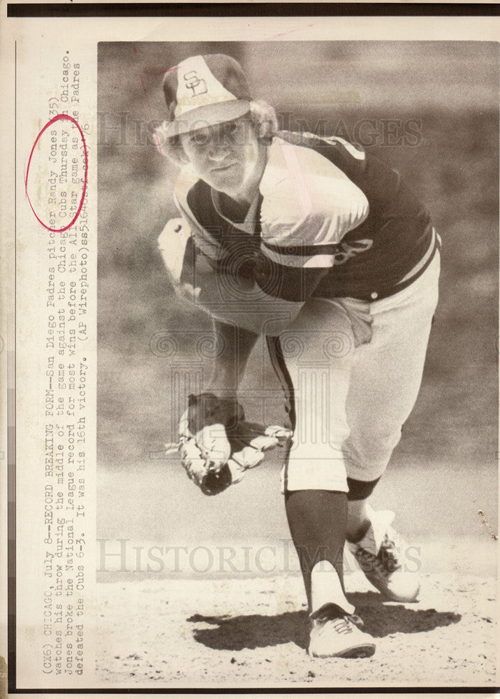 1976 Press Photo Randy Jones Padres Breaks Record Wins - Historic Images