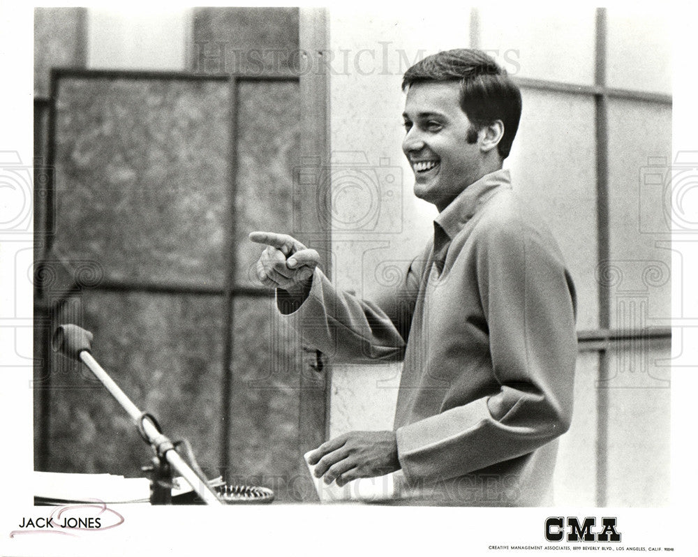 1969 Press Photo Jack Jones American Jazz Pop singer - Historic Images