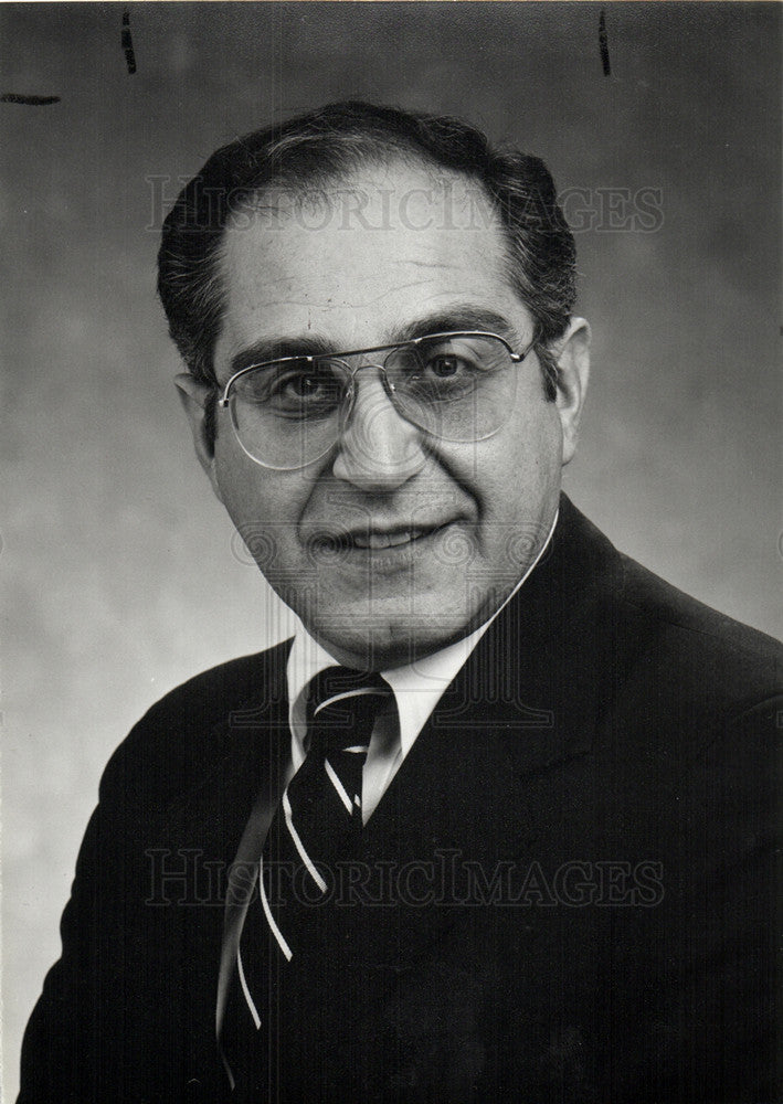 1989 Press Photo Harry Kalajian Michigan Bell Ameritech - Historic Images