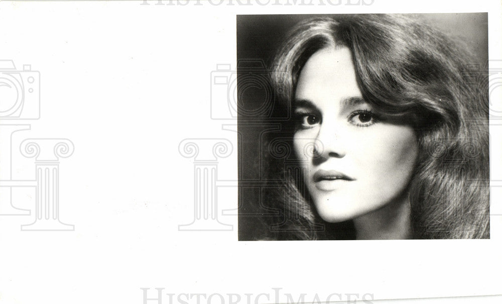 Press Photo Madeline Kahn veratile singer actor - Historic Images