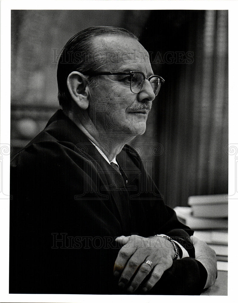 1978 Press Photo Fred W. Kaess Judge. - Historic Images