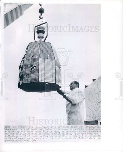 1954 Press Photo Satellite Antenna Communication Rocket - Historic Images
