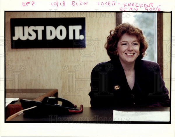 1992 Press Photo Laura Kendall - Historic Images