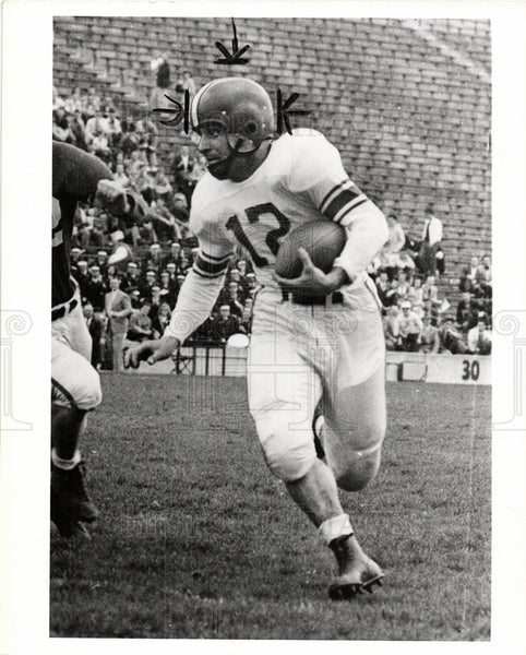 1950 Press Photo Halfback Vince Pisano - Historic Images
