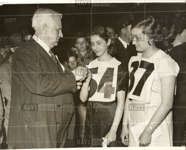 1933 Press Photo Spelling bee contestants - Historic Images