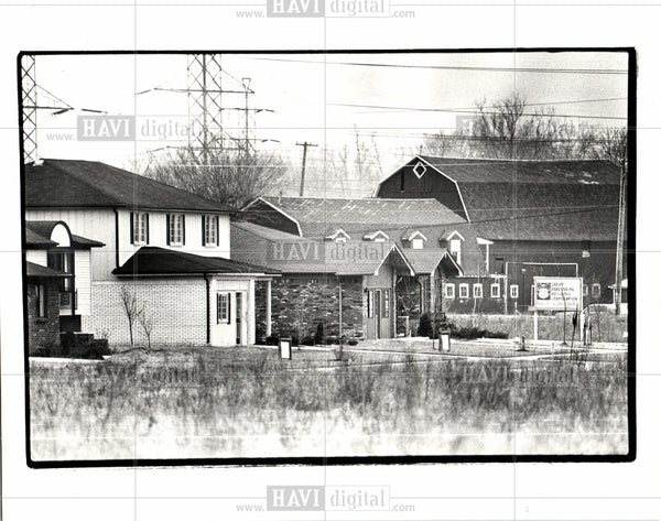 1982 Press Photo Sterling Heights MI houses barns homes - Historic Images