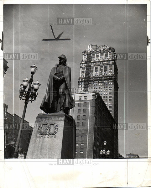 1940 Press Photo Statue General Alexander Macomb - Historic Images