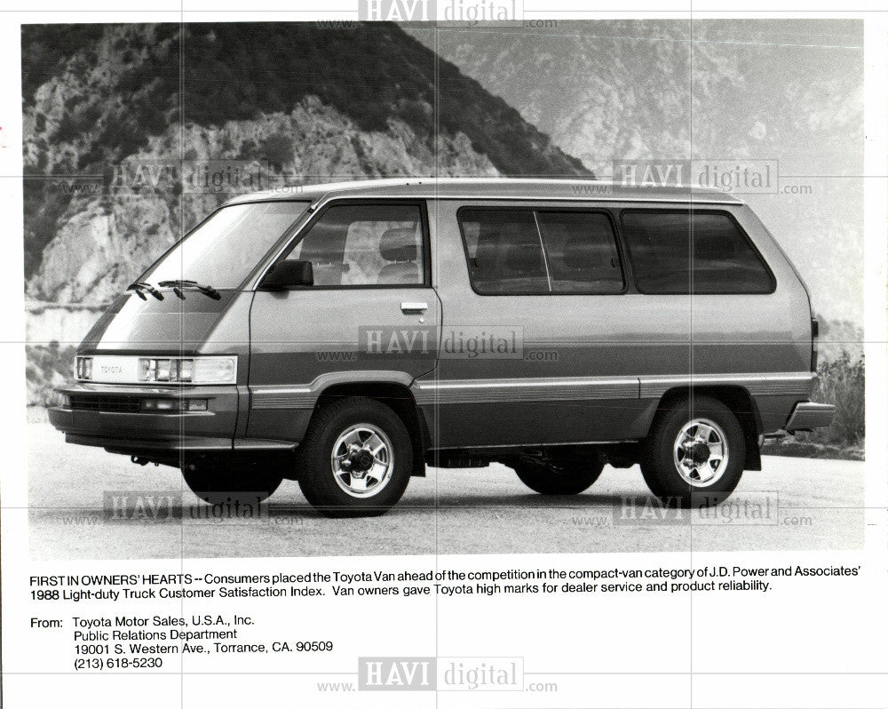 1988 Press Photo Toyota automobile - Historic Images