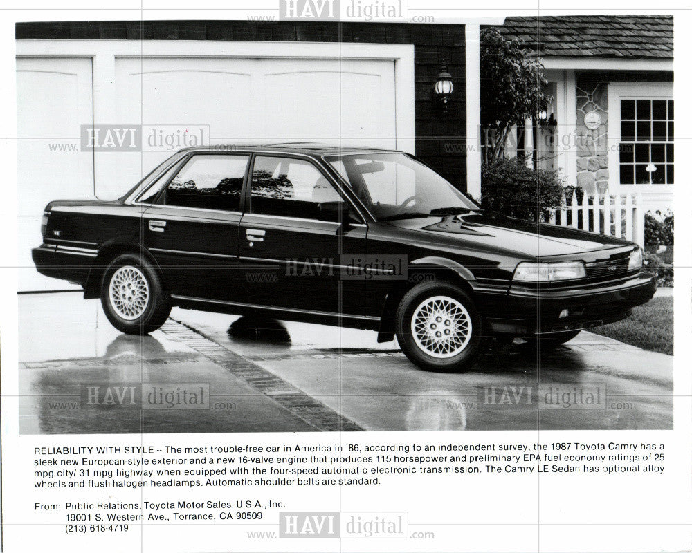 1986 Press Photo 1987 Toyota Camry - Historic Images