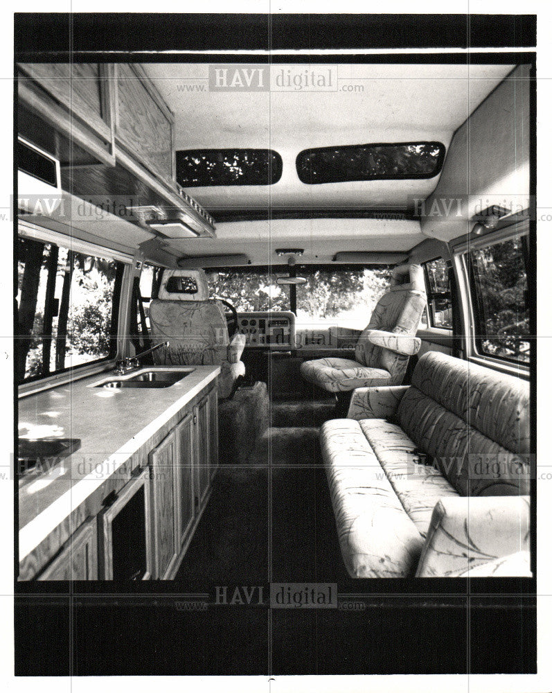 1988 Press Photo Vixen Motor Co - Historic Images