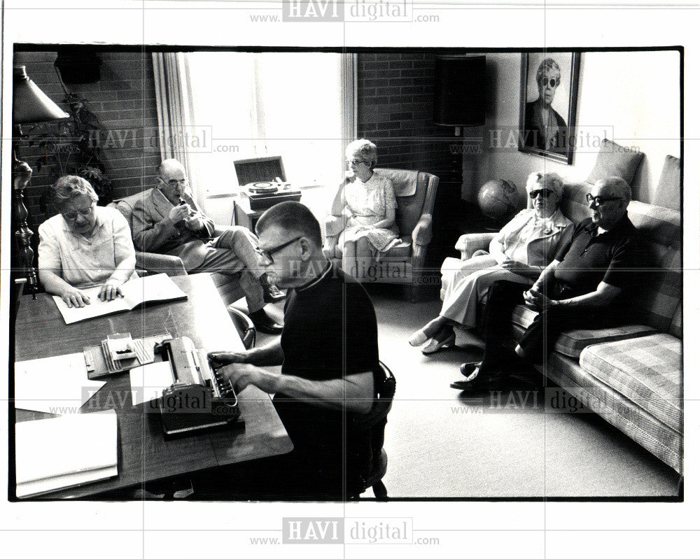 1982 Press Photo GRAND RAPIDS - HOME FOR THE BLIND - Historic Images