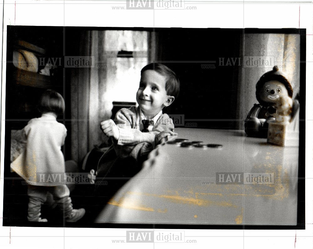 1993 Press Photo health care Roland Taft Katie - Historic Images