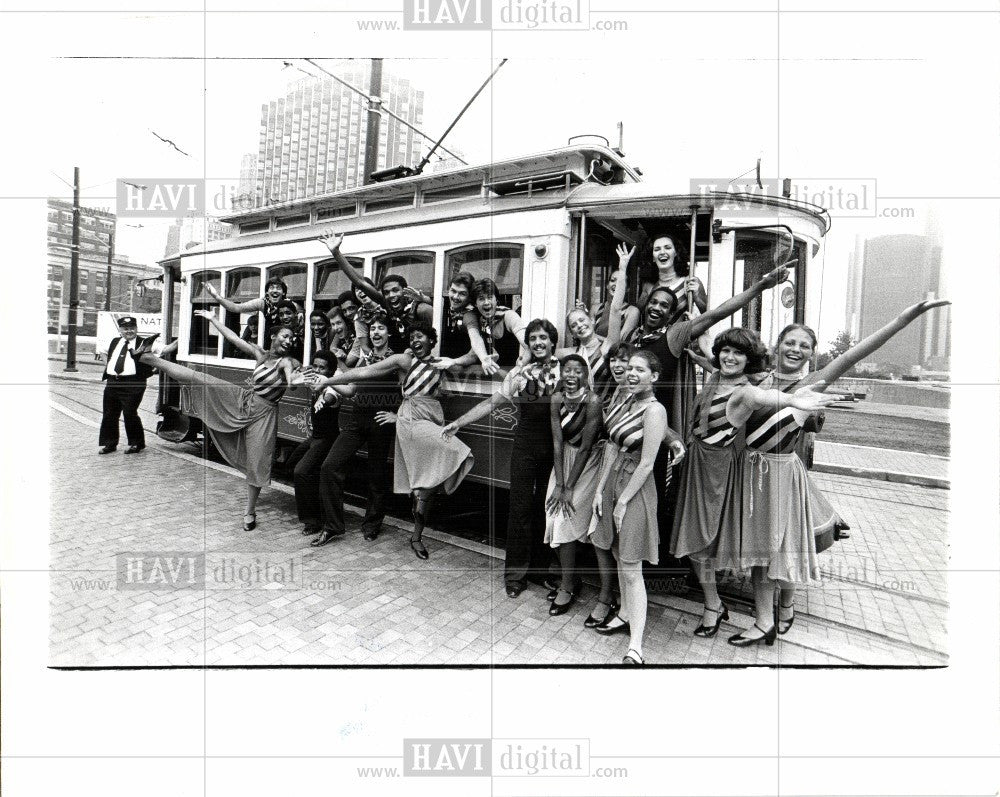 1976 Press Photo Young Detroiters - Historic Images