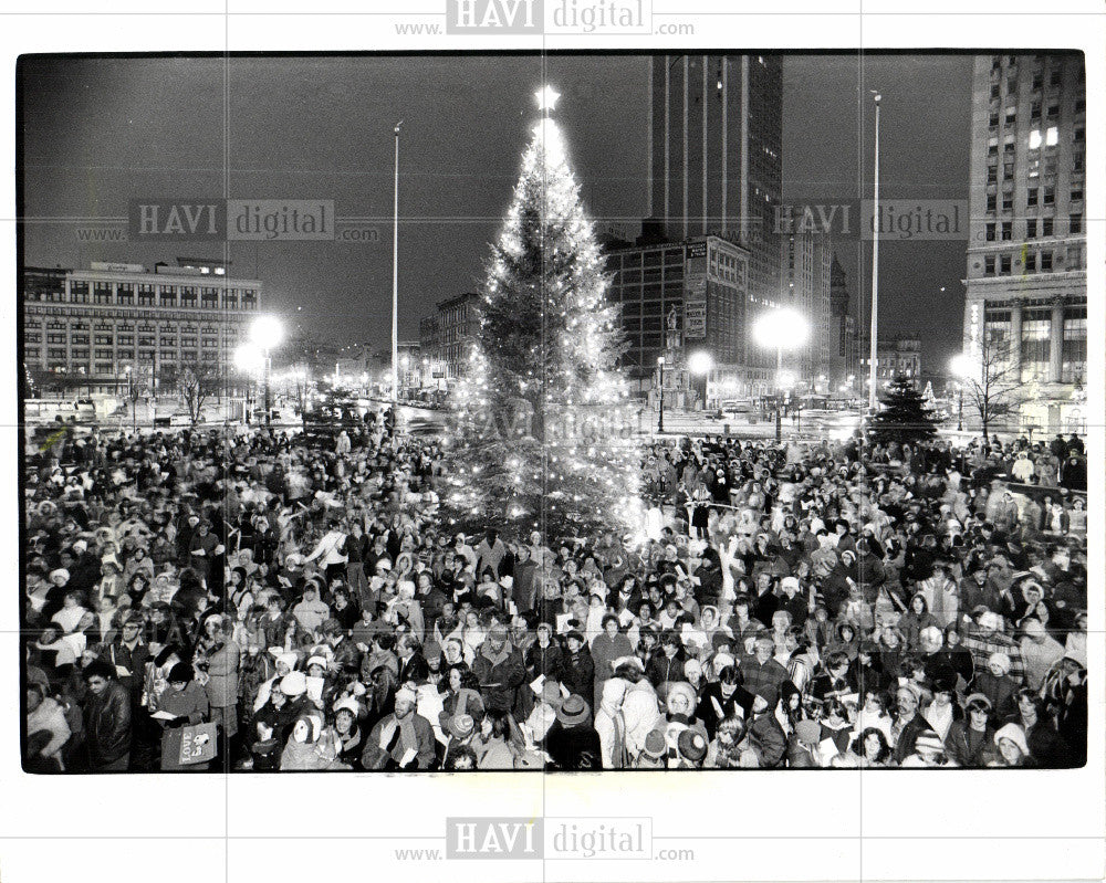 1977 Press Photo Kennedy Square - Historic Images