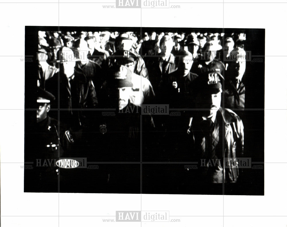1993 Press Photo Police officers Shot and survived - Historic Images
