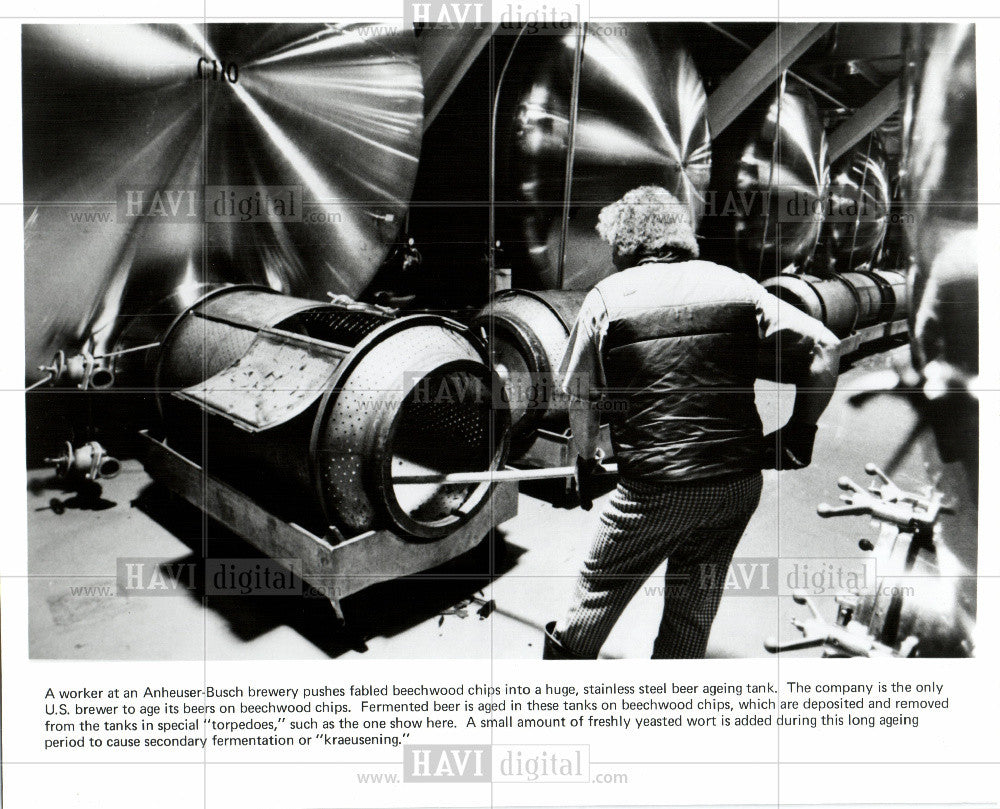 1981 Press Photo Anheuser Busch Brewery - Historic Images
