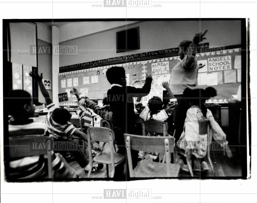Press Photo Angell Elementary School - Historic Images