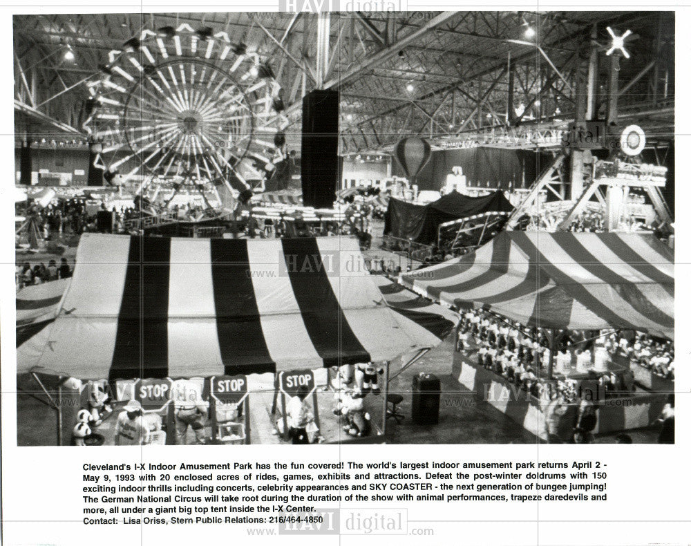 1993 Press Photo Cleveland indoor amusement park - Historic Images