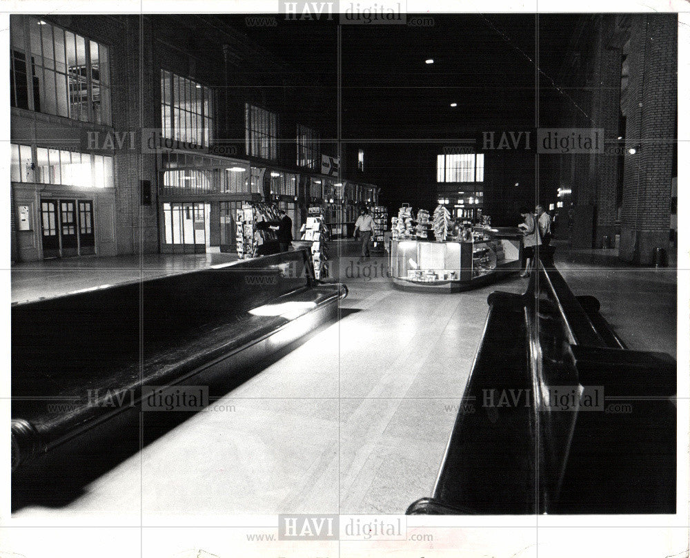 1982 Press Photo Michitgan Central Station 1972 - Historic Images