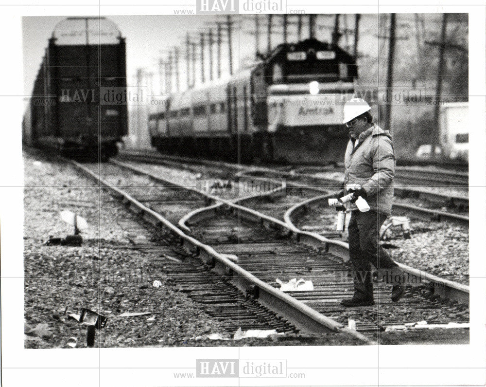 1992 Press Photo AMTRAK train accident in Detroit - Historic Images