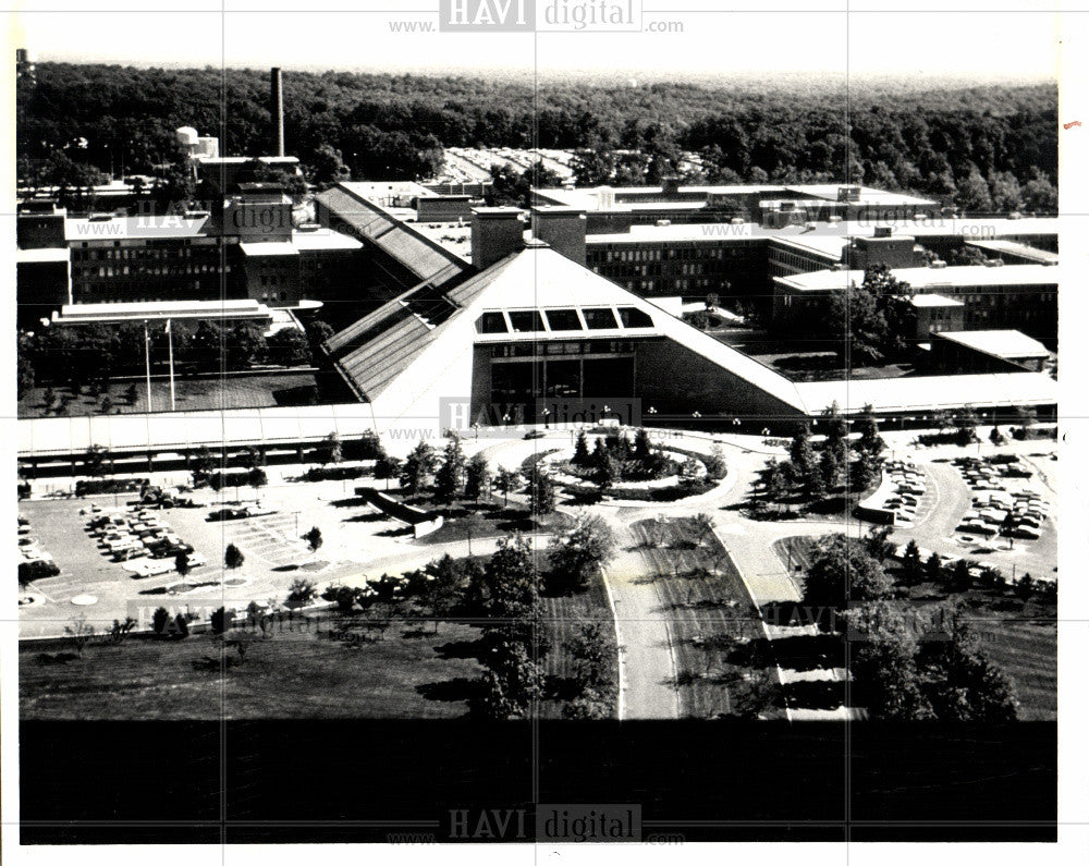 1981 Press Photo BELL LABORATORIES IN MURRAY HILL - Historic Images