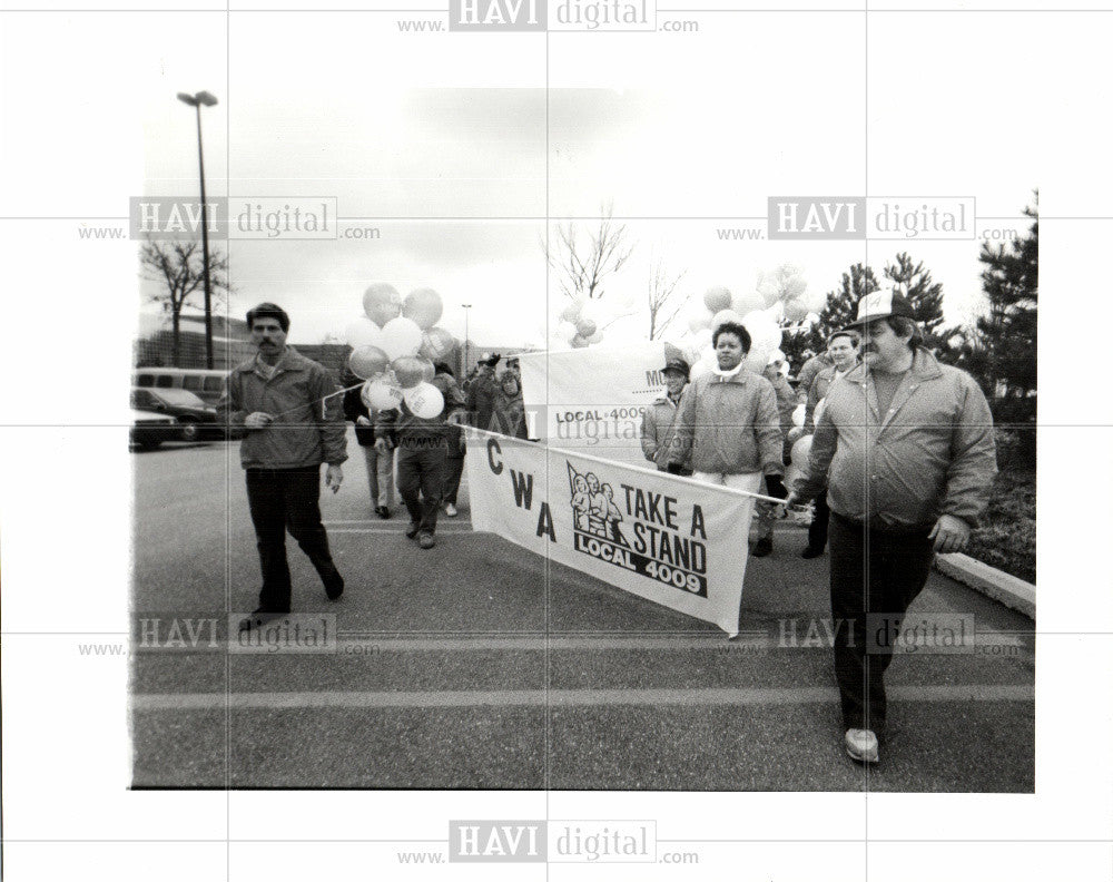 1989 Press Photo MEMBERS OF COMMUNICATIONS WORKER - Historic Images