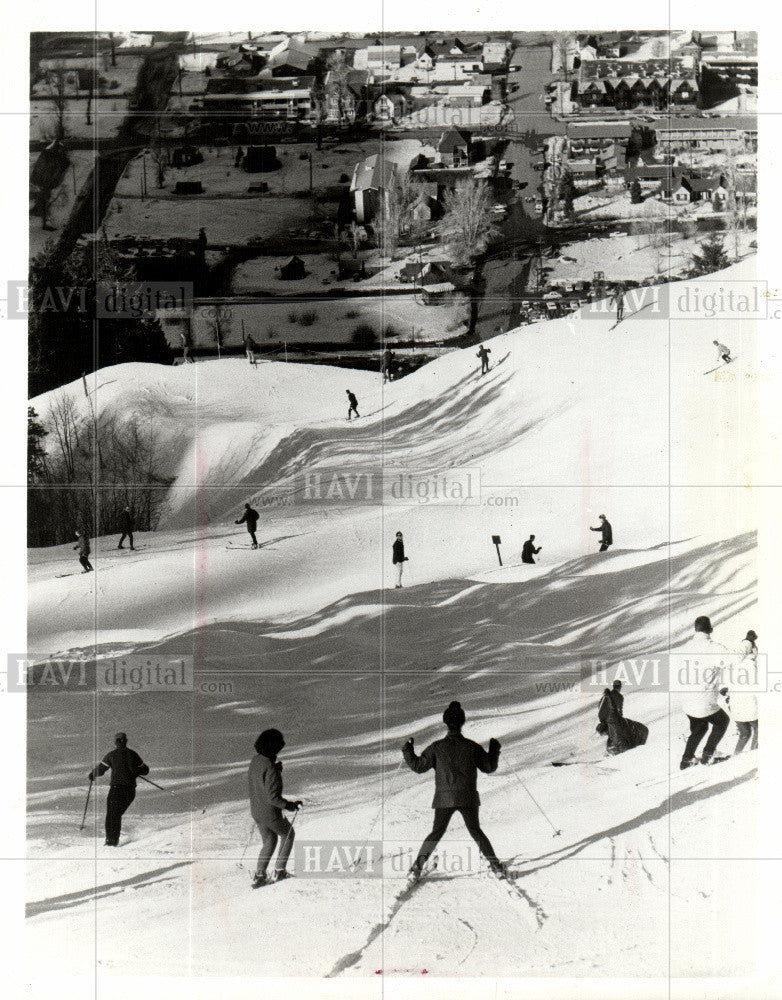 Press Photo aspen skiing corporation colorado prom - Historic Images