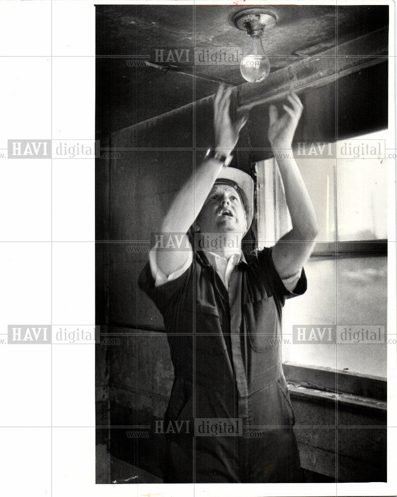 1975 Press Photo Arson - Historic Images