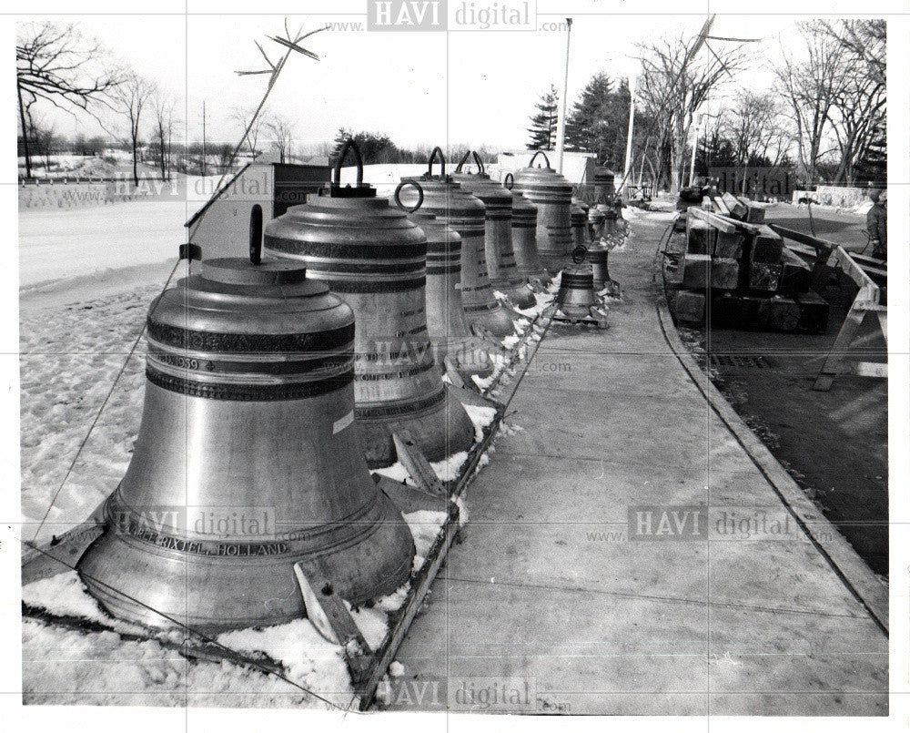 1960 Press Photo Bell Instrument - Historic Images