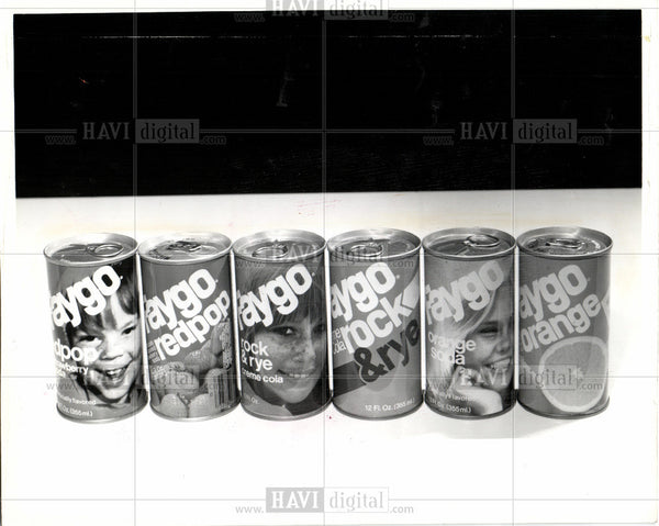 Press Photo Faygo soda pop soft drink containers - Historic Images