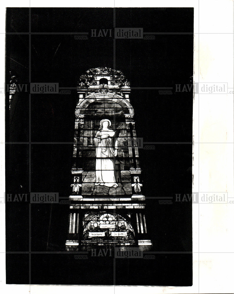 1992 Press Photo St. Paul the Apostle Catholic Church - Historic Images