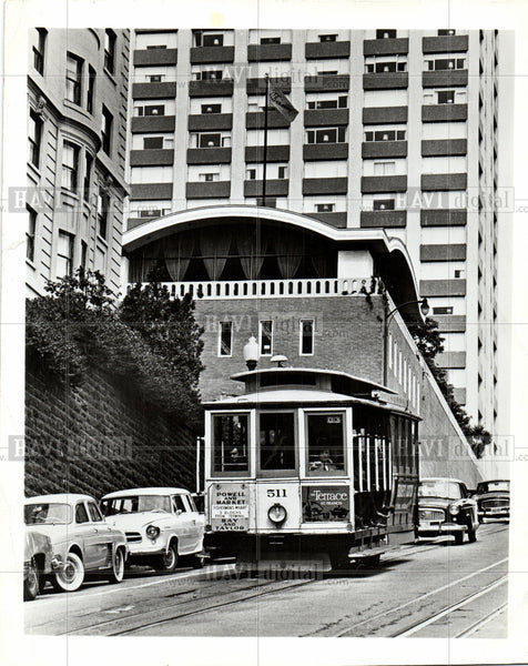 Press Photo cable car, city, street - Historic Images