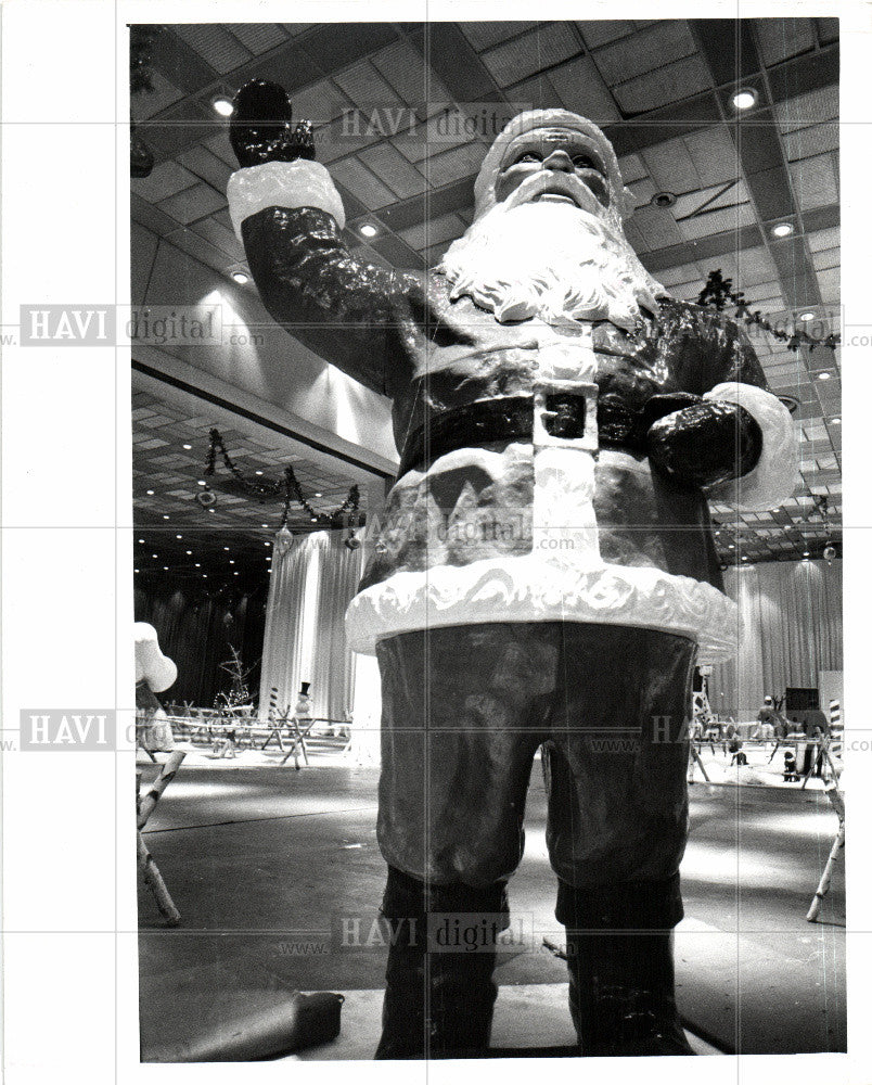 1978 Press Photo CHRISTMAS CARNIVAL - Historic Images