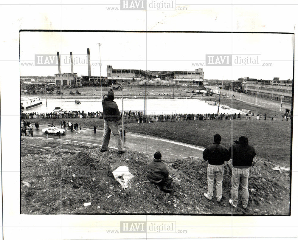 1981 Press Photo Jefferson Avenue plant, Chrysler - Historic Images