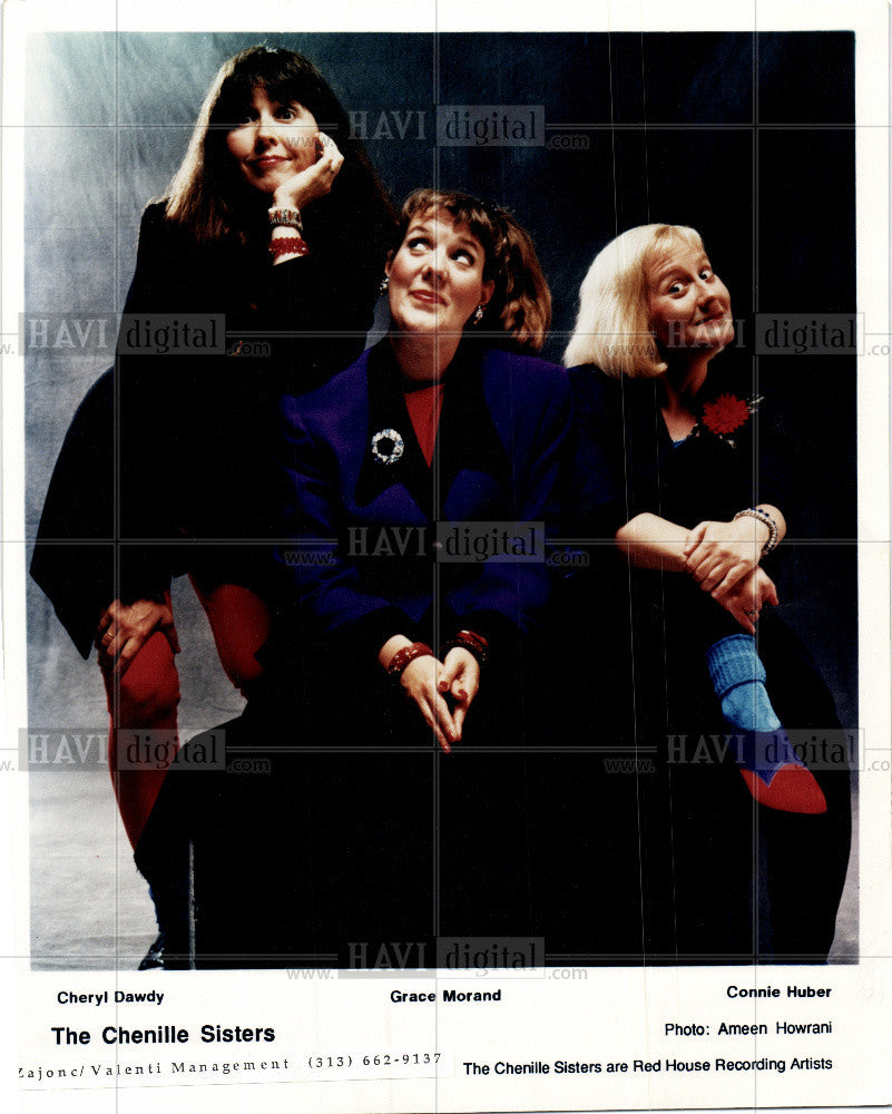 1998 Press Photo THE CHENILLE SISTERS - Historic Images