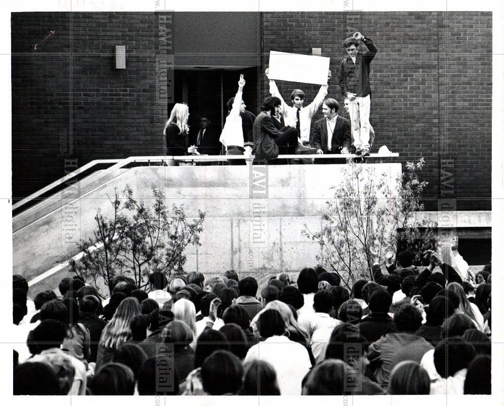 1969 Press Photo Birmingham Students walked out class - Historic Images
