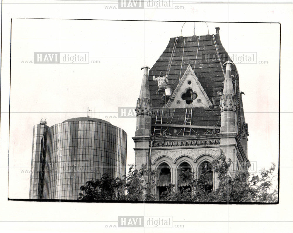1983 Press Photo Christ Church Detroit Bill Oosterveen - Historic Images